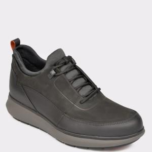 Pantofi CLARKS negri, Unvenlo, din nabuc - cl9201111b7unvenlo diagonala simpla fundal gri - Pantofi CLARKS negri, Unvenlo, din nabuc