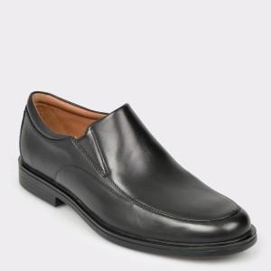 Pantofi CLARKS negri, Unaldwa, din piele naturala