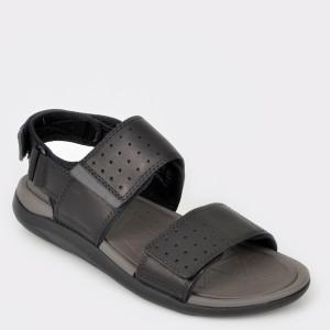 Sandale barbati CLARKS negre Garract din piele naturala