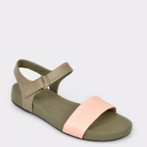 Sandale CLARKS roz, Brigpac, din piele naturala