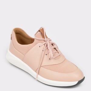 Pantofi CLARKS nude, Unriola, din piele naturala