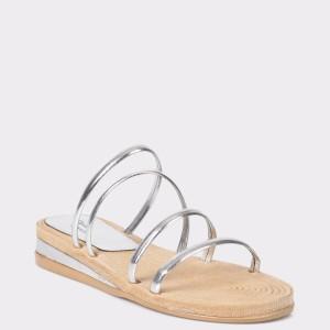 Papuci FLAVIA PASSINI argintii, din piele ecologica