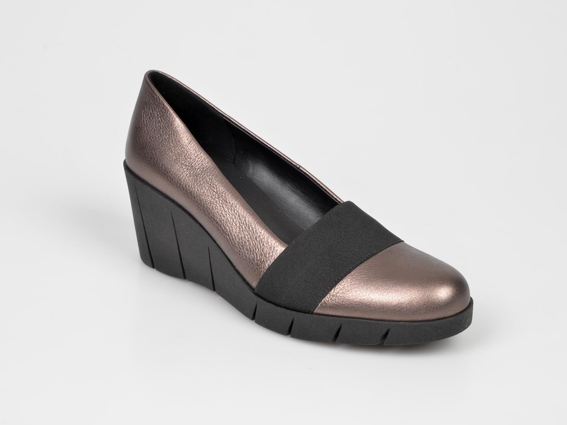 Pantofi The FLEXX aurii, Pumpspa, din piele naturala