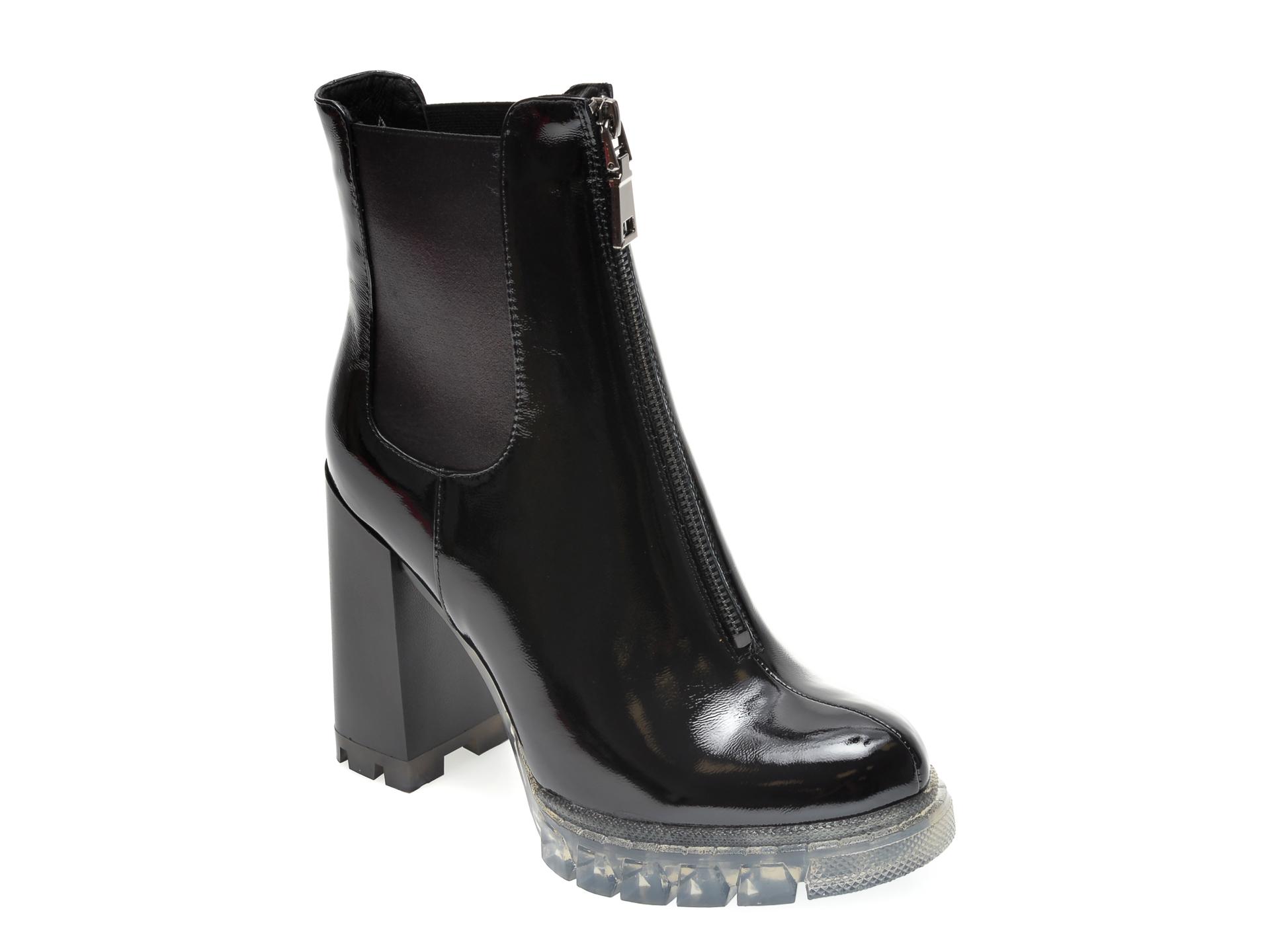 Ghete EPICA negre, R78060, din material textil si piele naturala lacuita