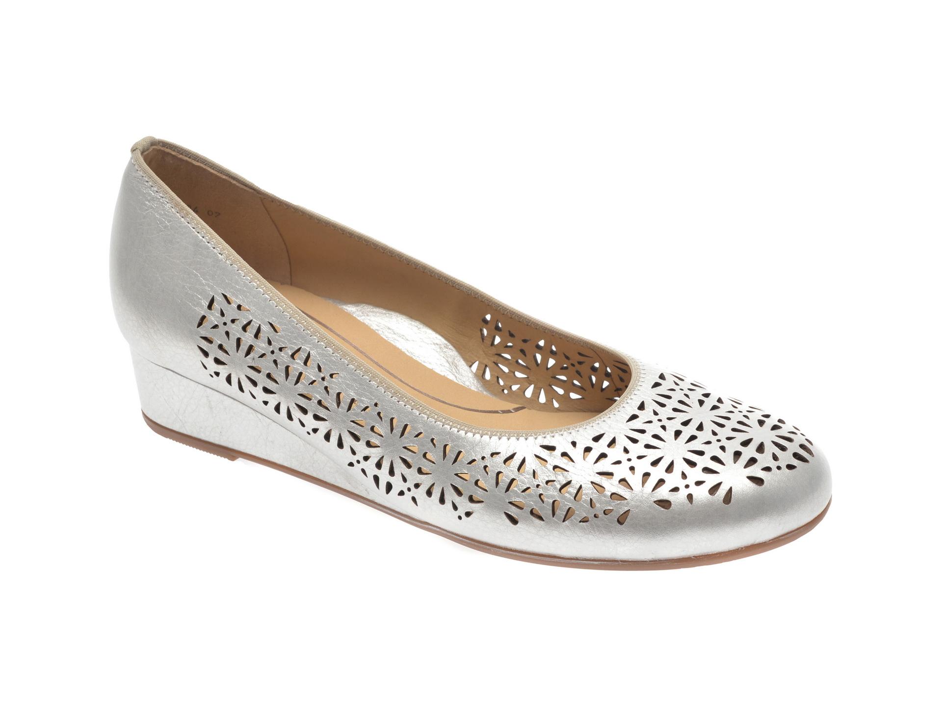 Pantofi ARA argintii, 14334, din piele naturala