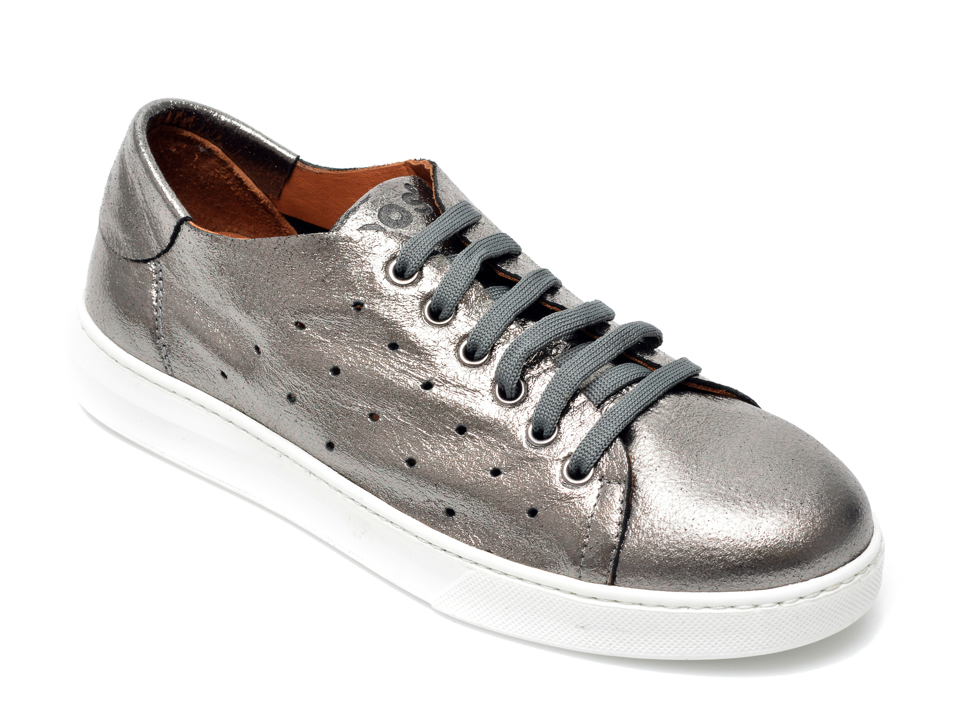 Pantofi BABOOS argintii, 2301, din piele naturala imagine otter.ro