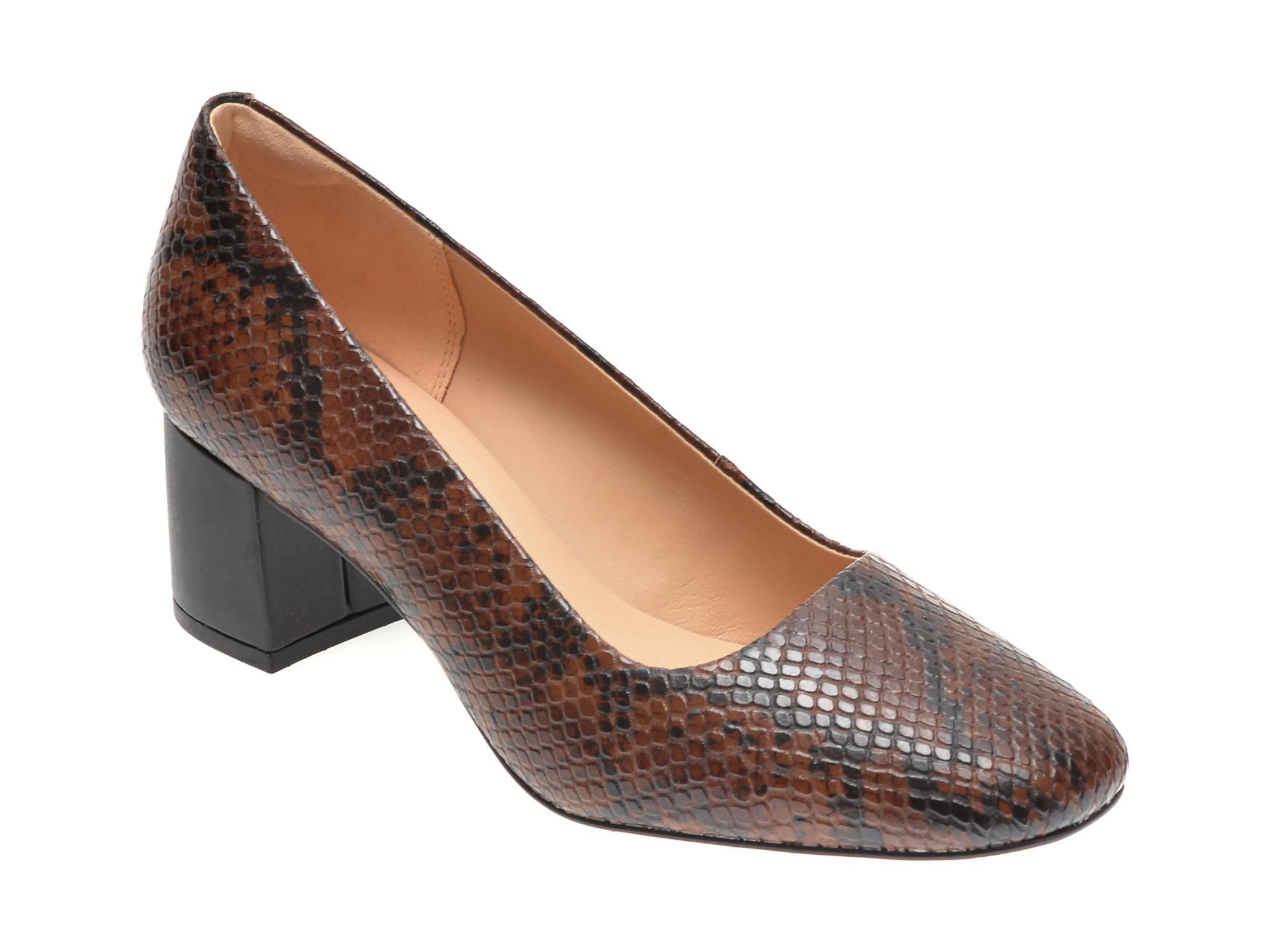 Pantofi CLARKS maro, SHEER ROSE 2, din piele naturala imagine