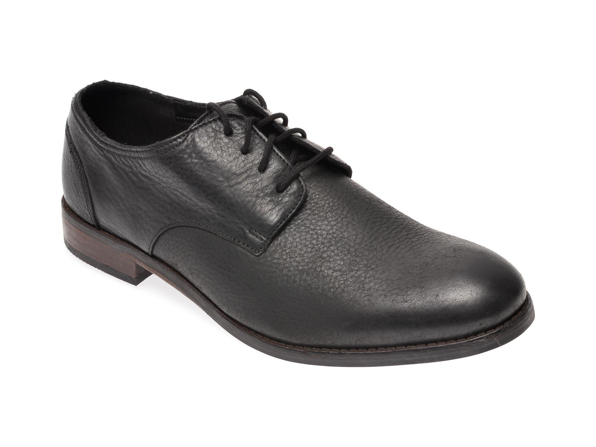 Pantofi CLARKS negri, Flow Plain, din piele naturala imagine