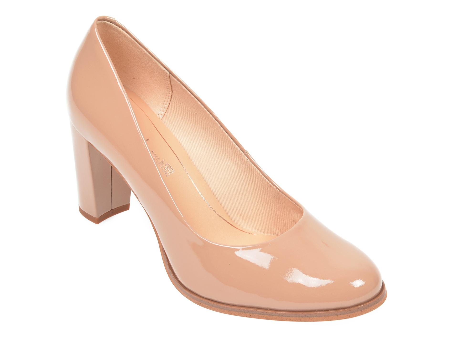 Pantofi CLARKS nude, Kaylin Cara, din piele naturala lacuita imagine
