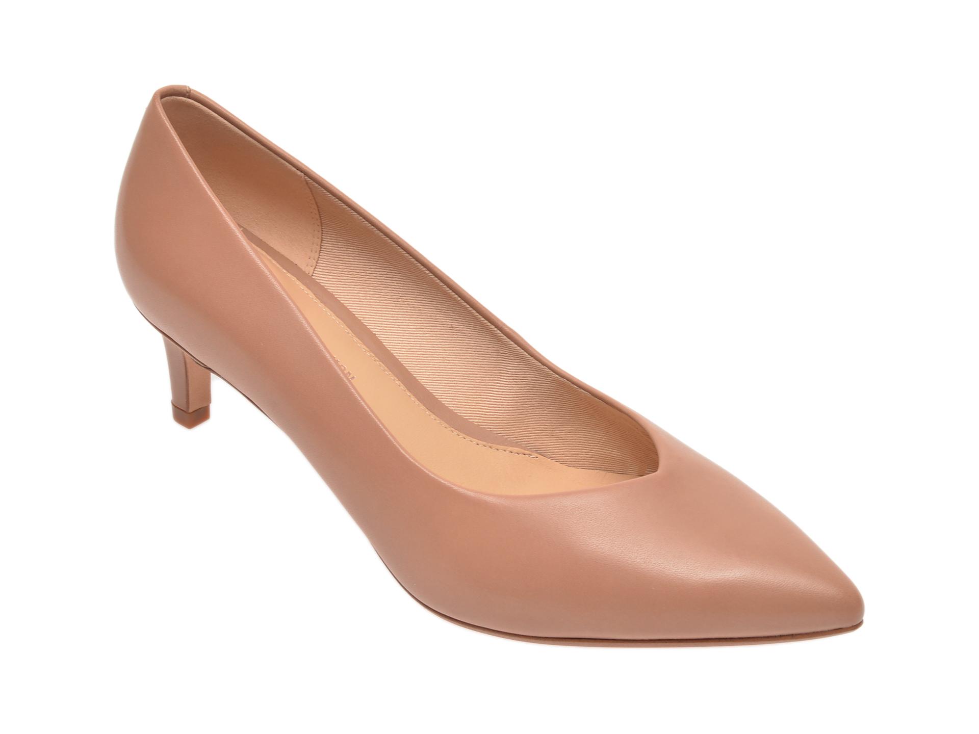 Pantofi CLARKS nude, Laina55 Court, din piele naturala