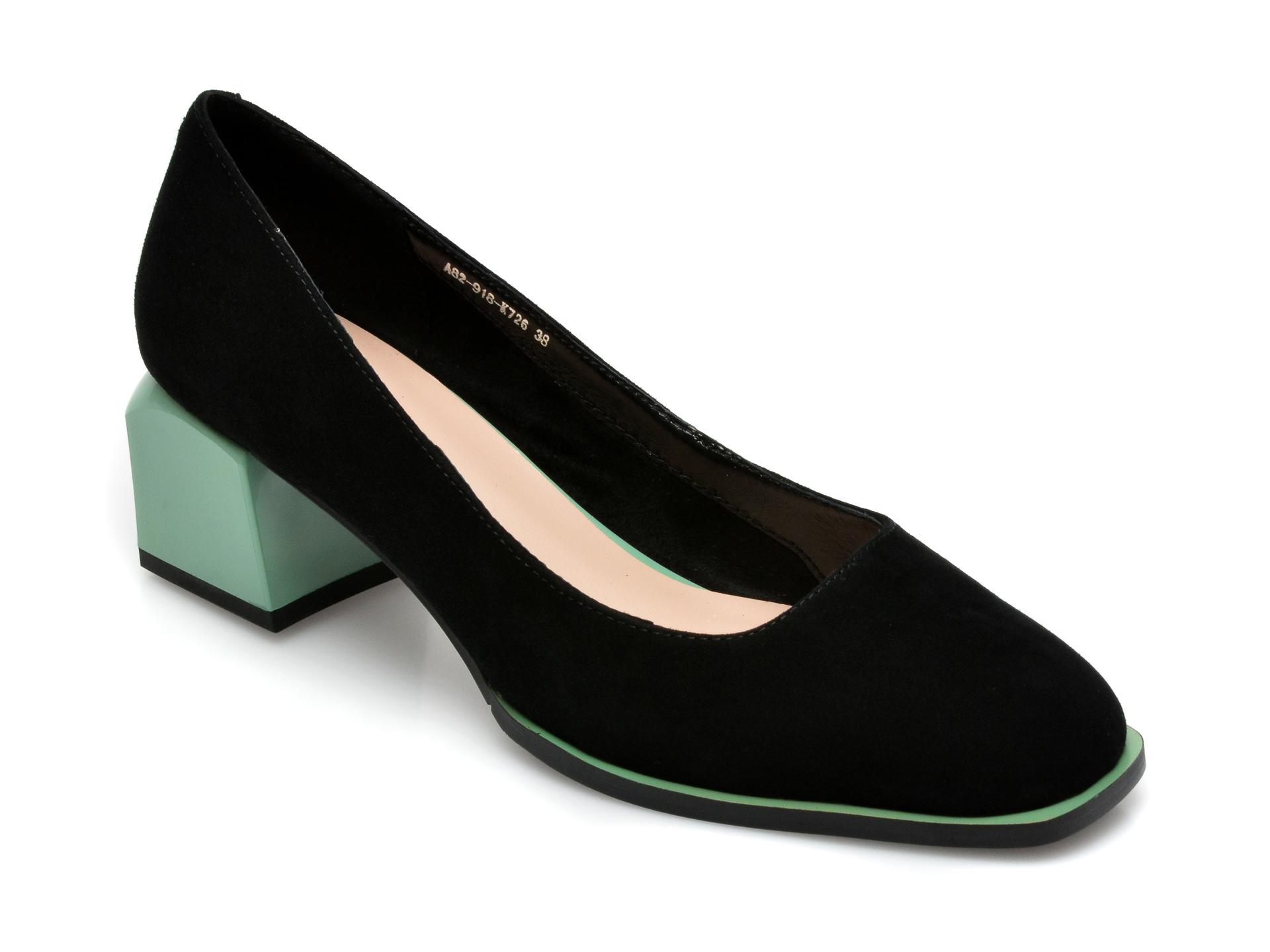 Pantofi EPICA negri, A82918K, din piele intoarsa imagine otter.ro 2021