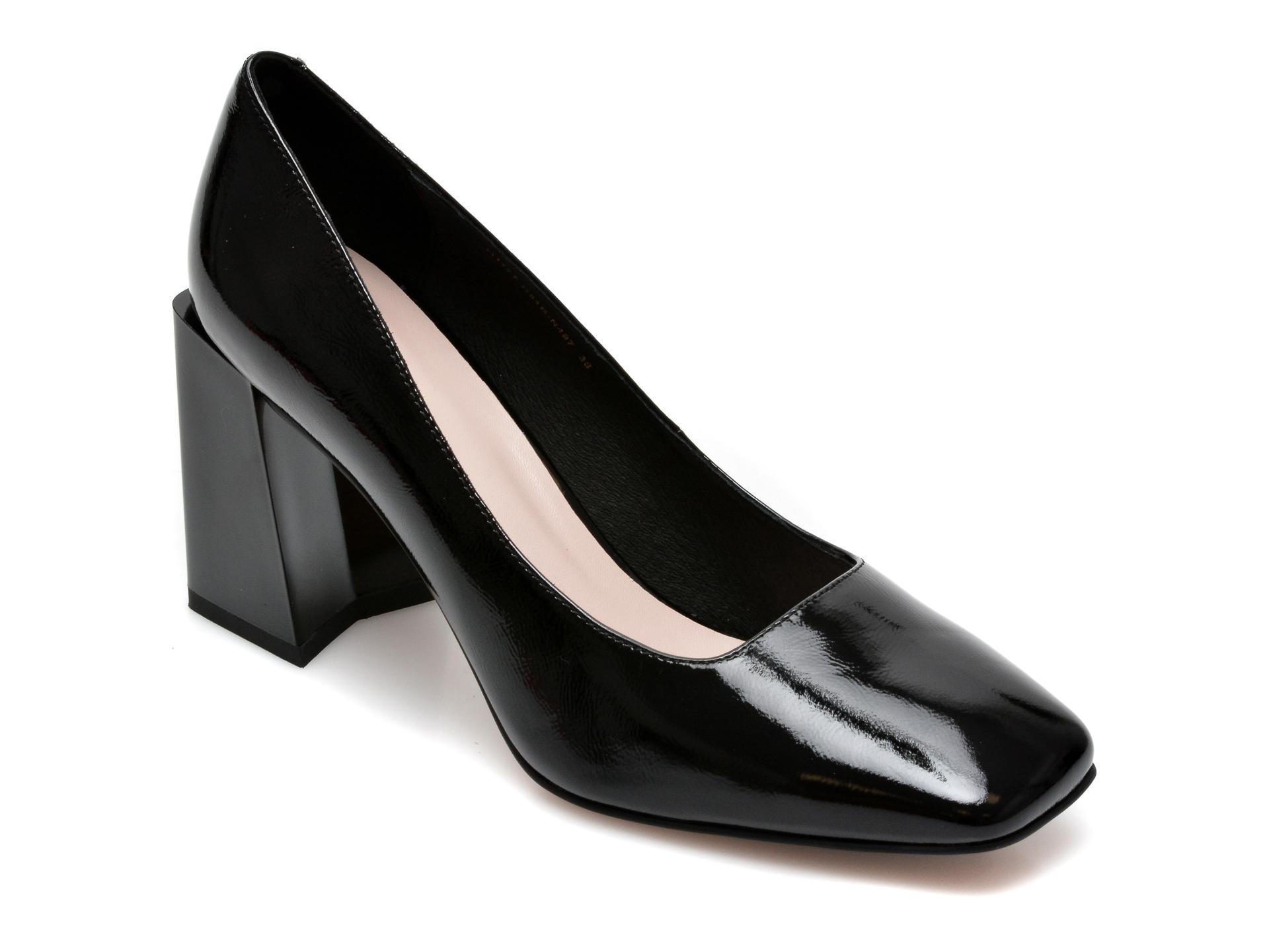 Pantofi EPICA negri, G1177R5, din piele naturala lacuita imagine otter.ro