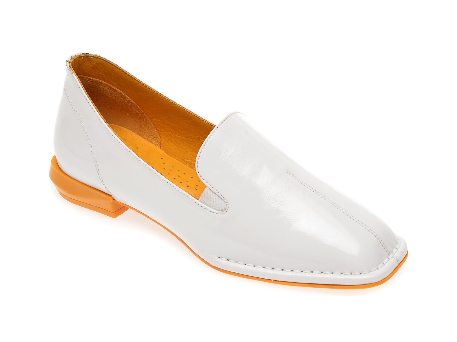Pantofi FLAVIA PASSINI albi, 0518028, din piele naturala lacuita