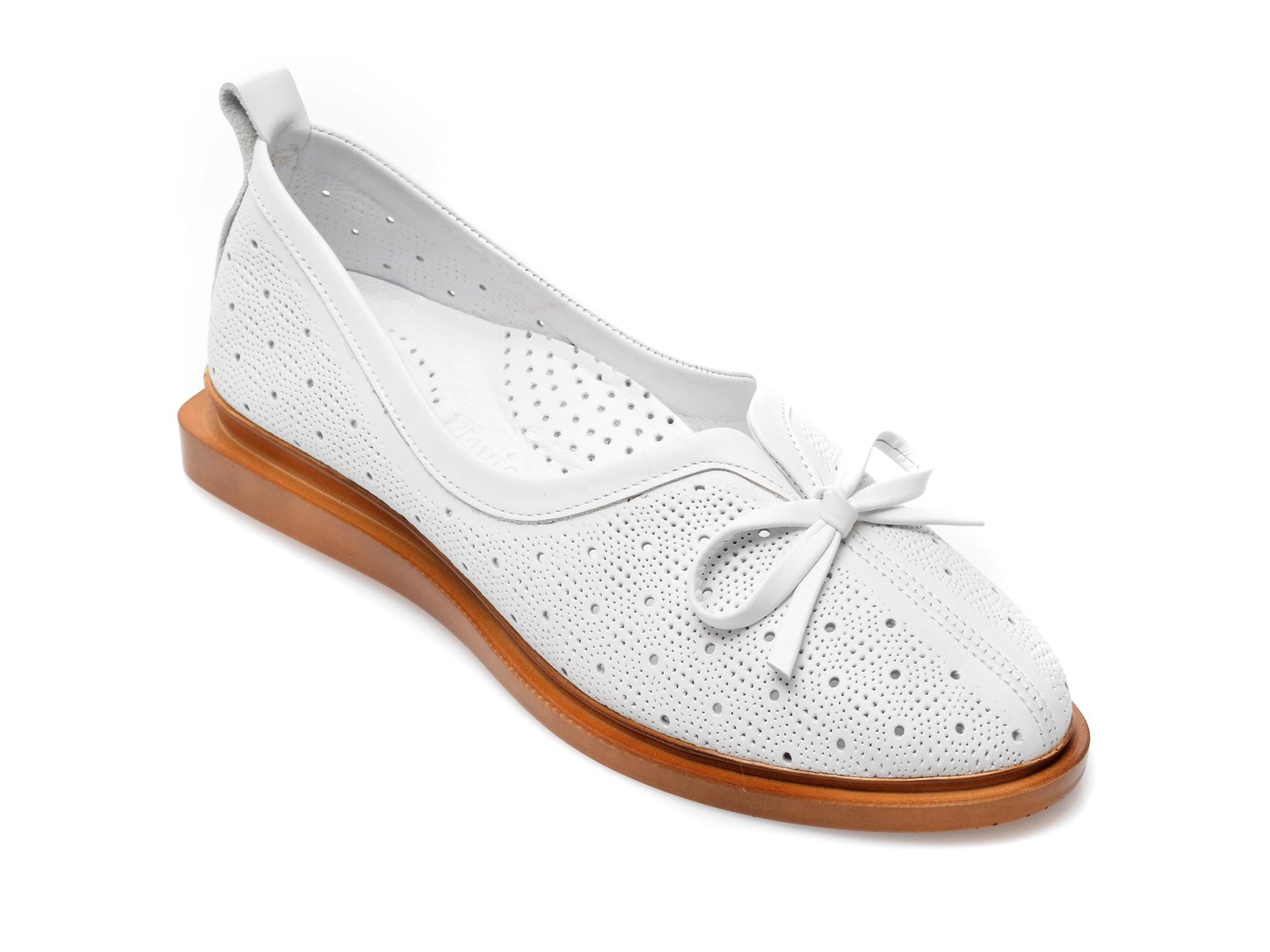 Pantofi FLAVIA PASSINI albi, 164380, din piele naturala imagine otter.ro 2021