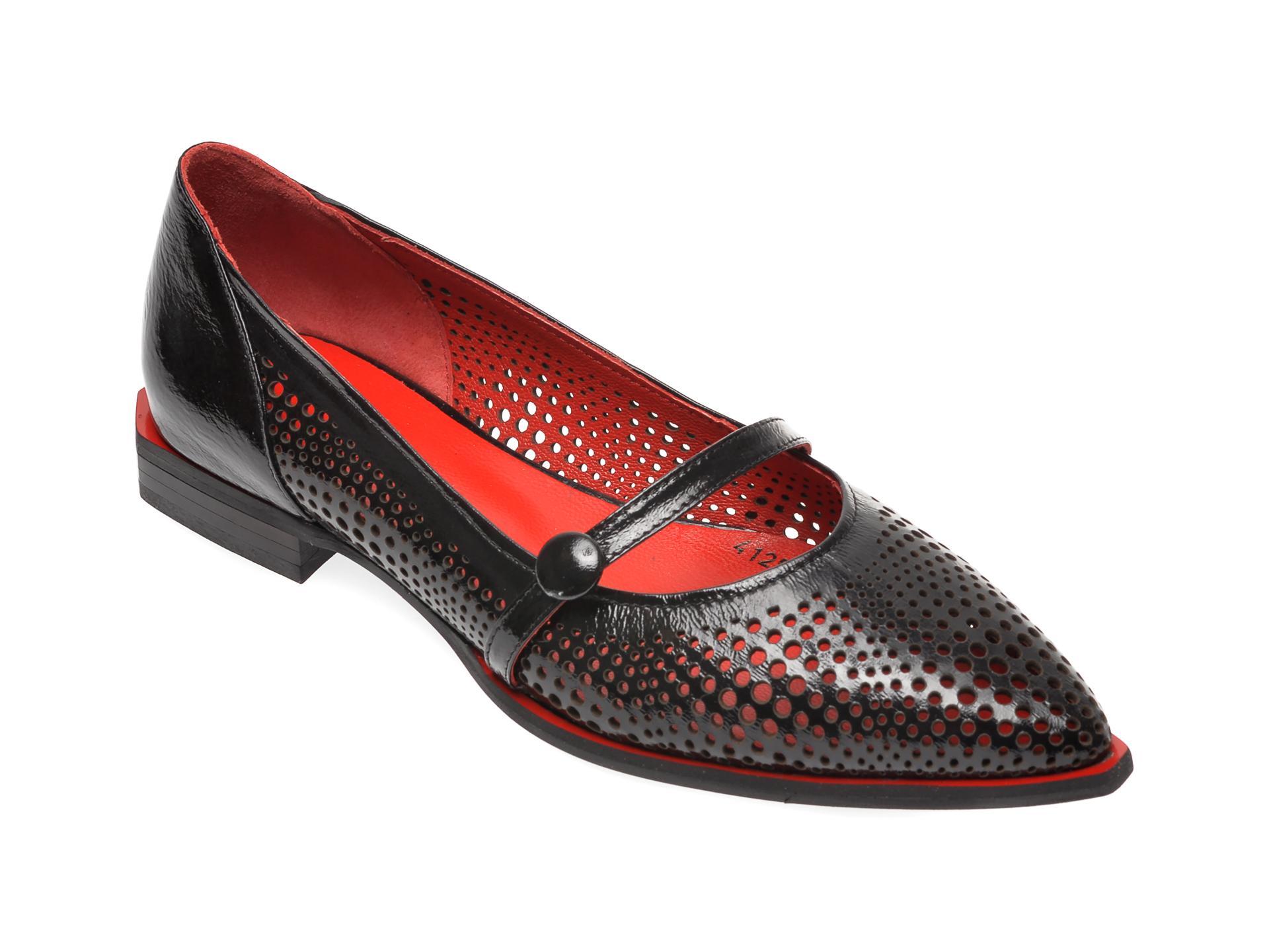 Pantofi FLAVIA PASSINI negri, 2844125, din piele naturala lacuita imagine