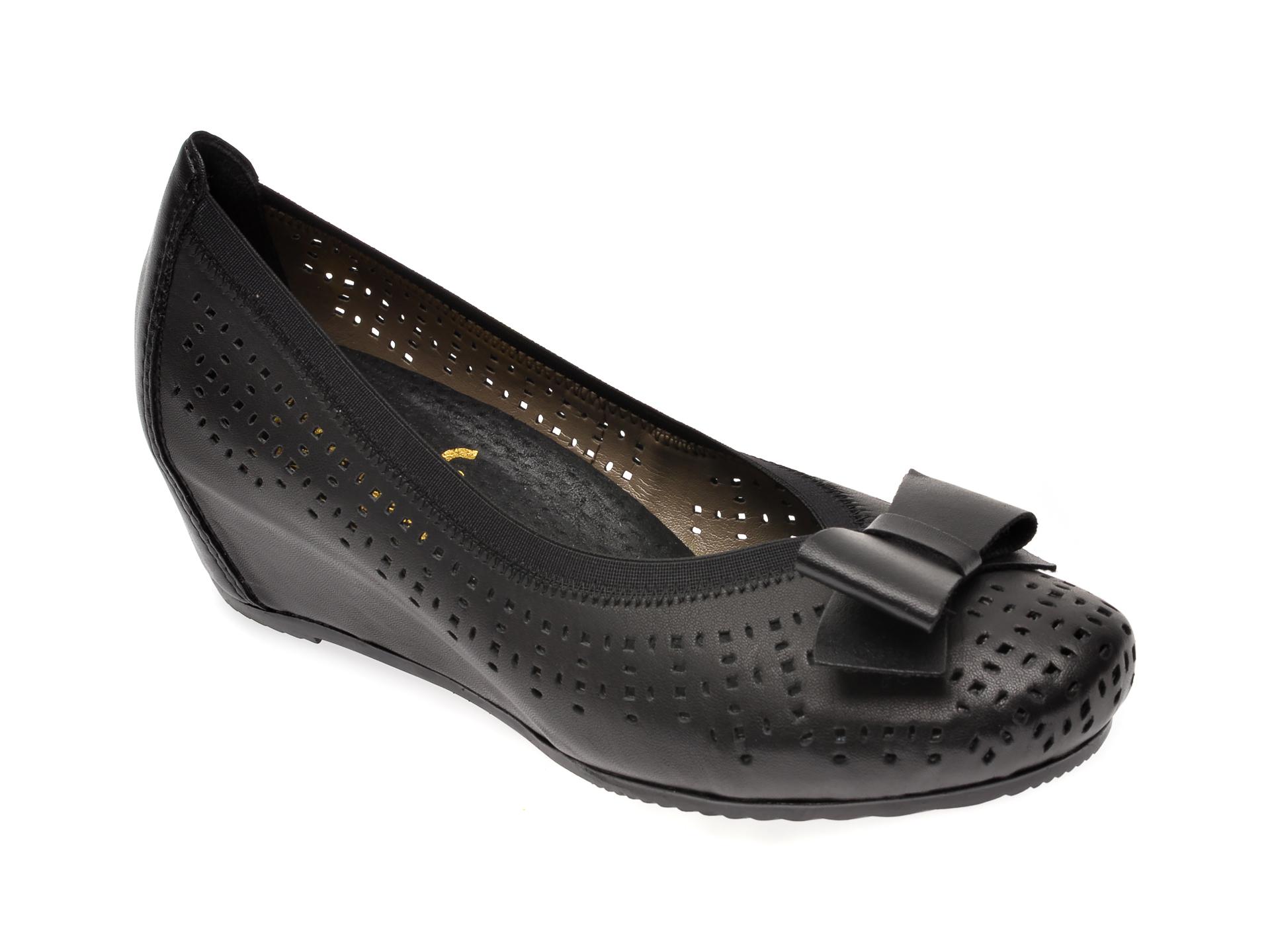 Pantofi RIEKER negri, L4767, din piele naturala