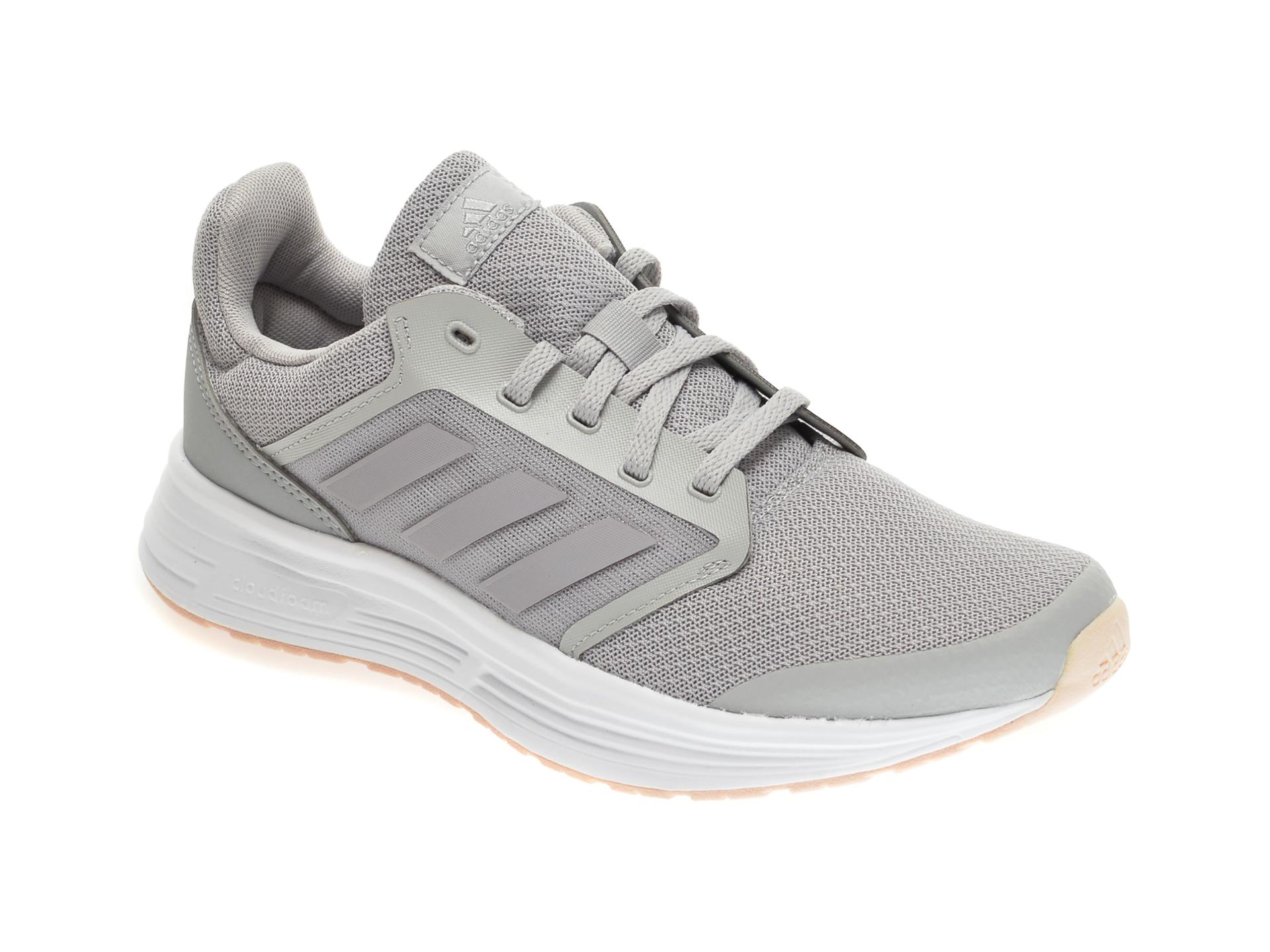 Pantofi sport ADIDAS gri, GALAXY 5, din material textil imagine