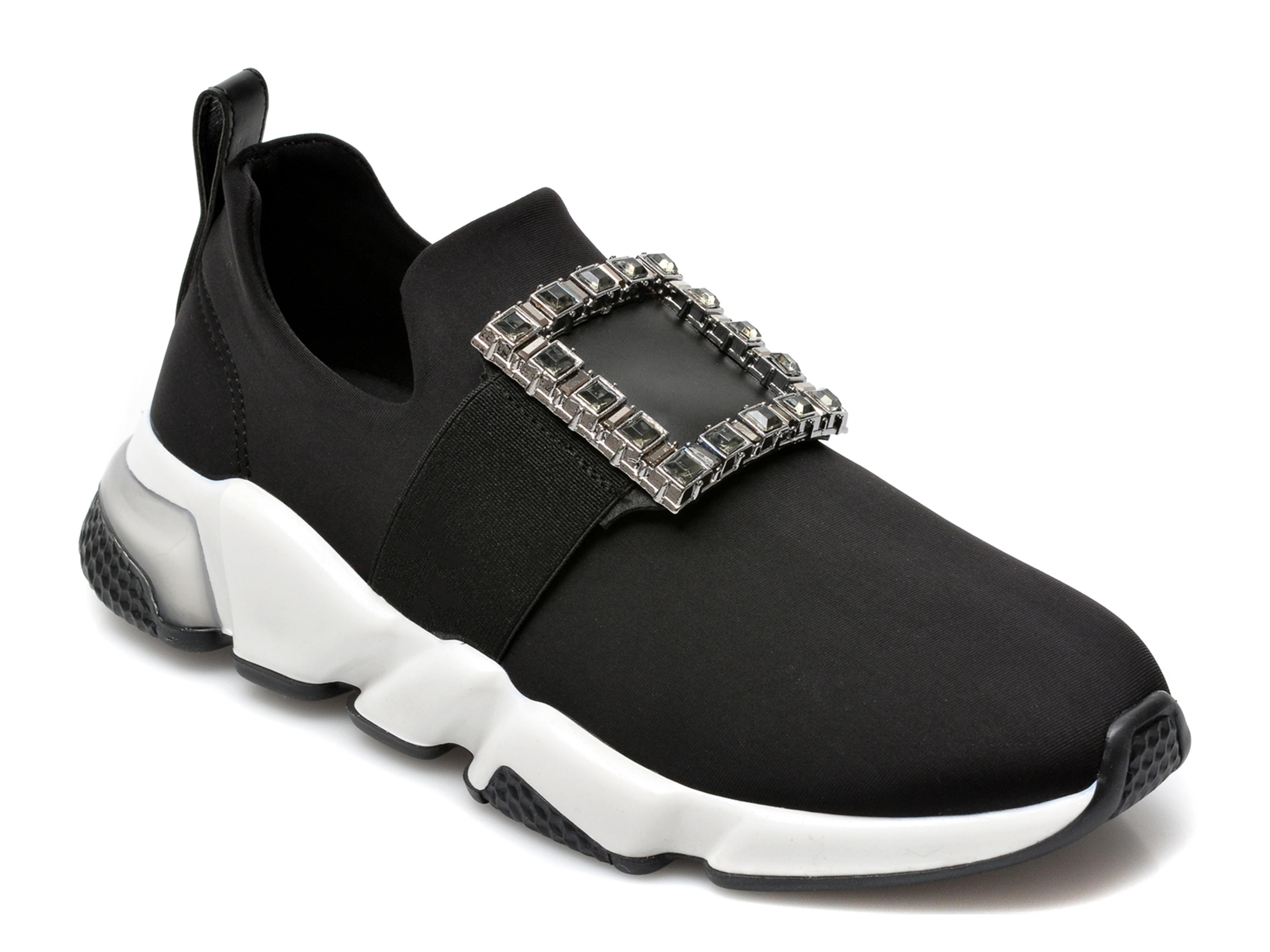 Pantofi sport GRYXX negri, T10100, din material textil imagine otter.ro 2021