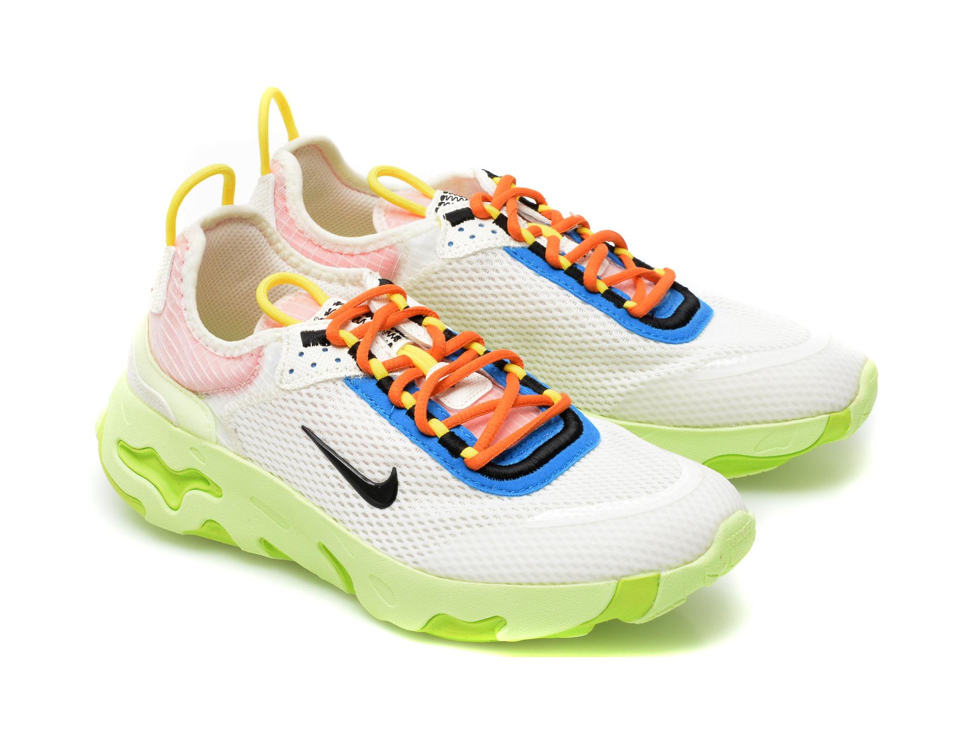 Pantofi sport NIKE albi, NIKE REACT LIVE (GS), din material textil - 4