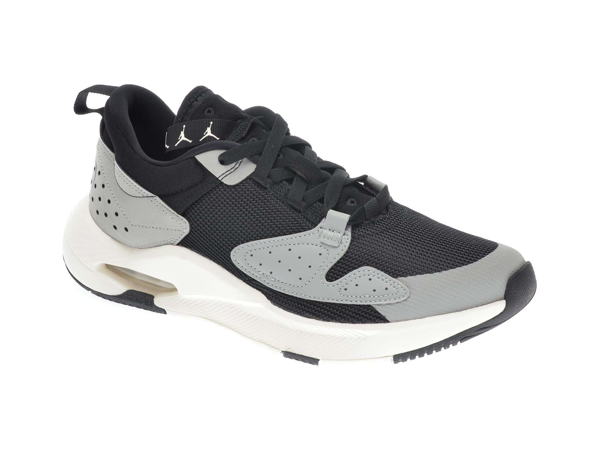 Pantofi sport NIKE gri, JORDAN AIR CADENCE, din material textil imagine