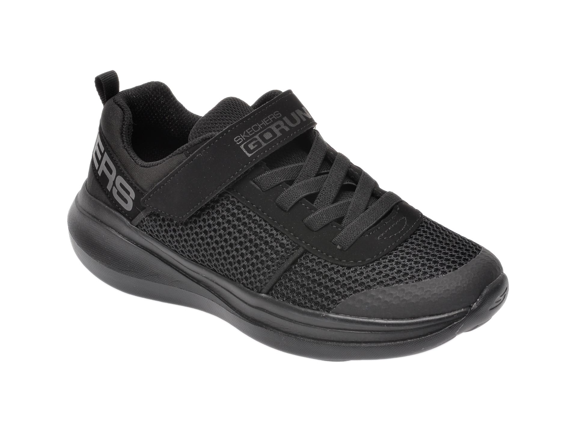 Pantofi sport SKECHERS negri, Go Run Fast Denzo, din material textil New