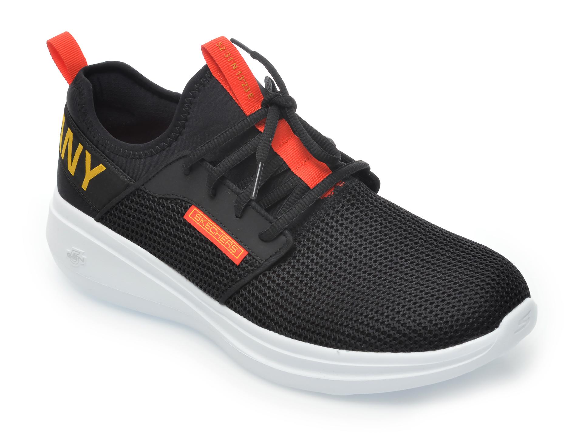 Pantofi sport SKECHERS negri, Go Run Fast, din material textil imagine