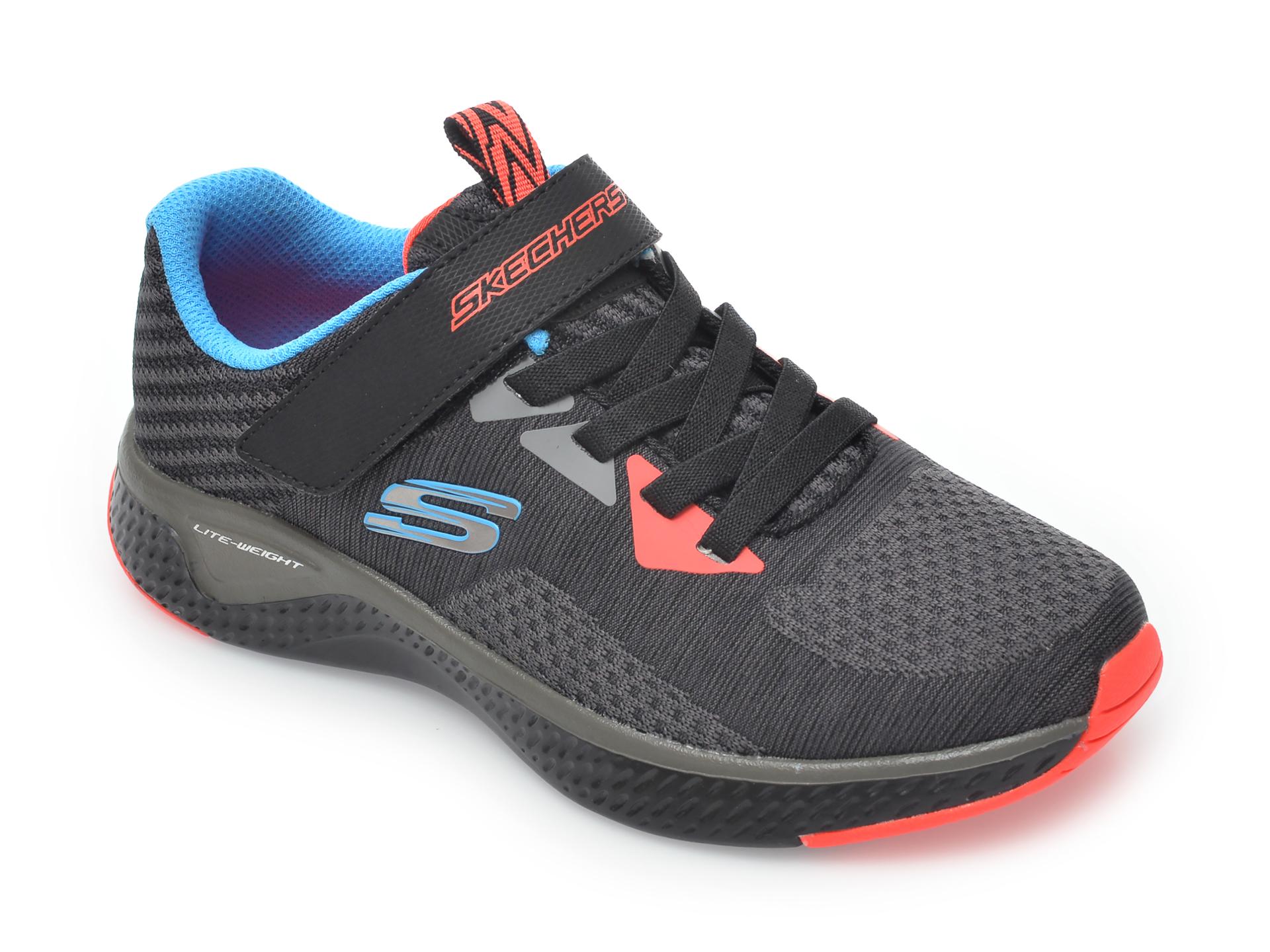 Pantofi sport SKECHERS negri, Solar Fuse Speed Blitz, din material textil