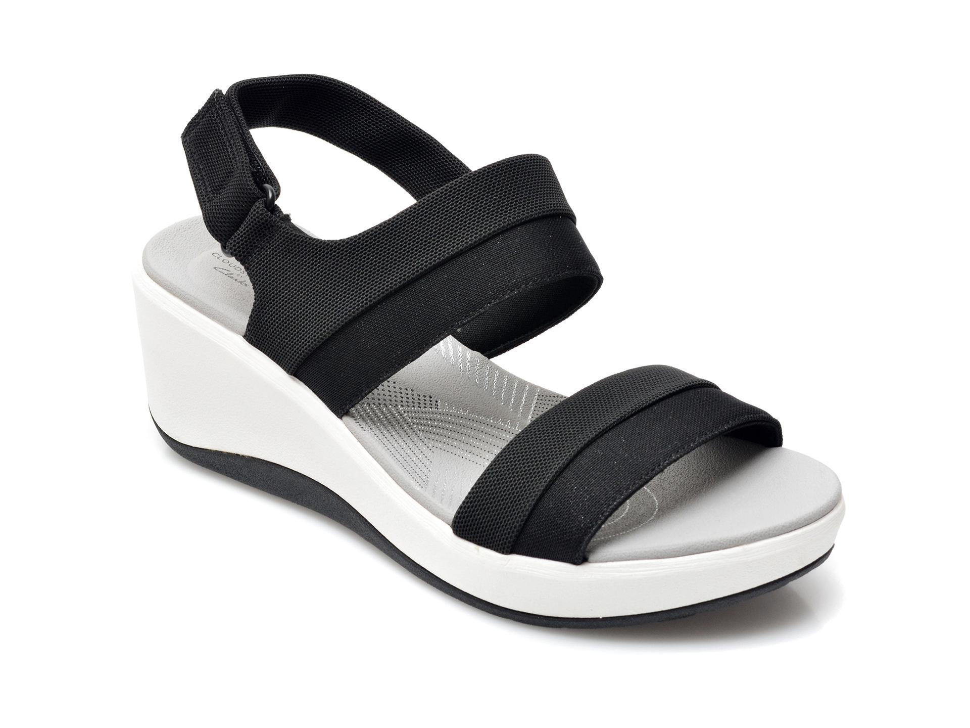 Sandale CLARKS negre, Step Cali Muir, din material textil imagine otter.ro 2021