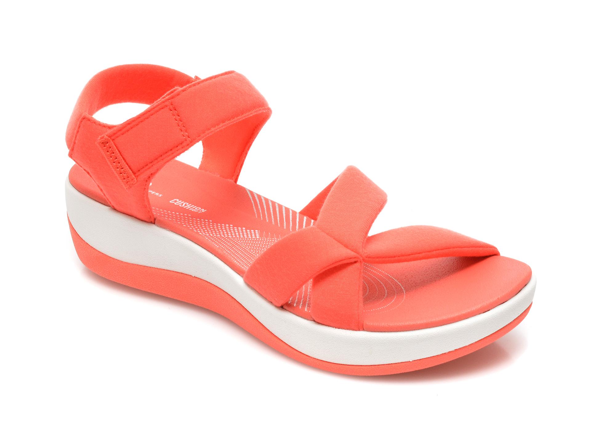 Sandale CLARKS portocalii, Arla Gracie, din material textil imagine otter.ro 2021