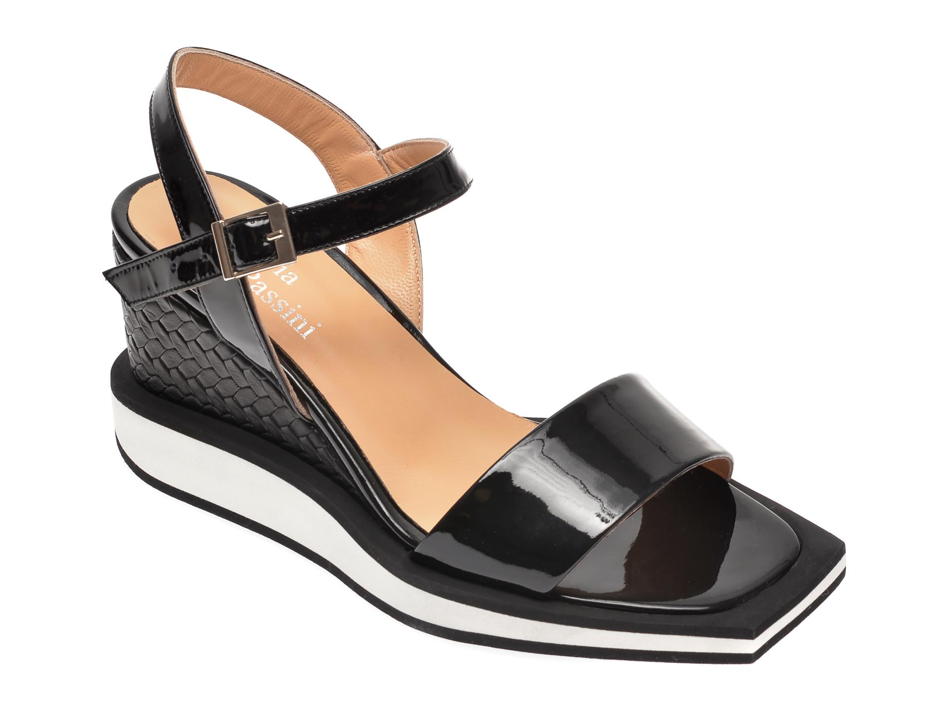 Sandale FLAVIA PASSINI negre, 263220T, din piele naturala lacuita