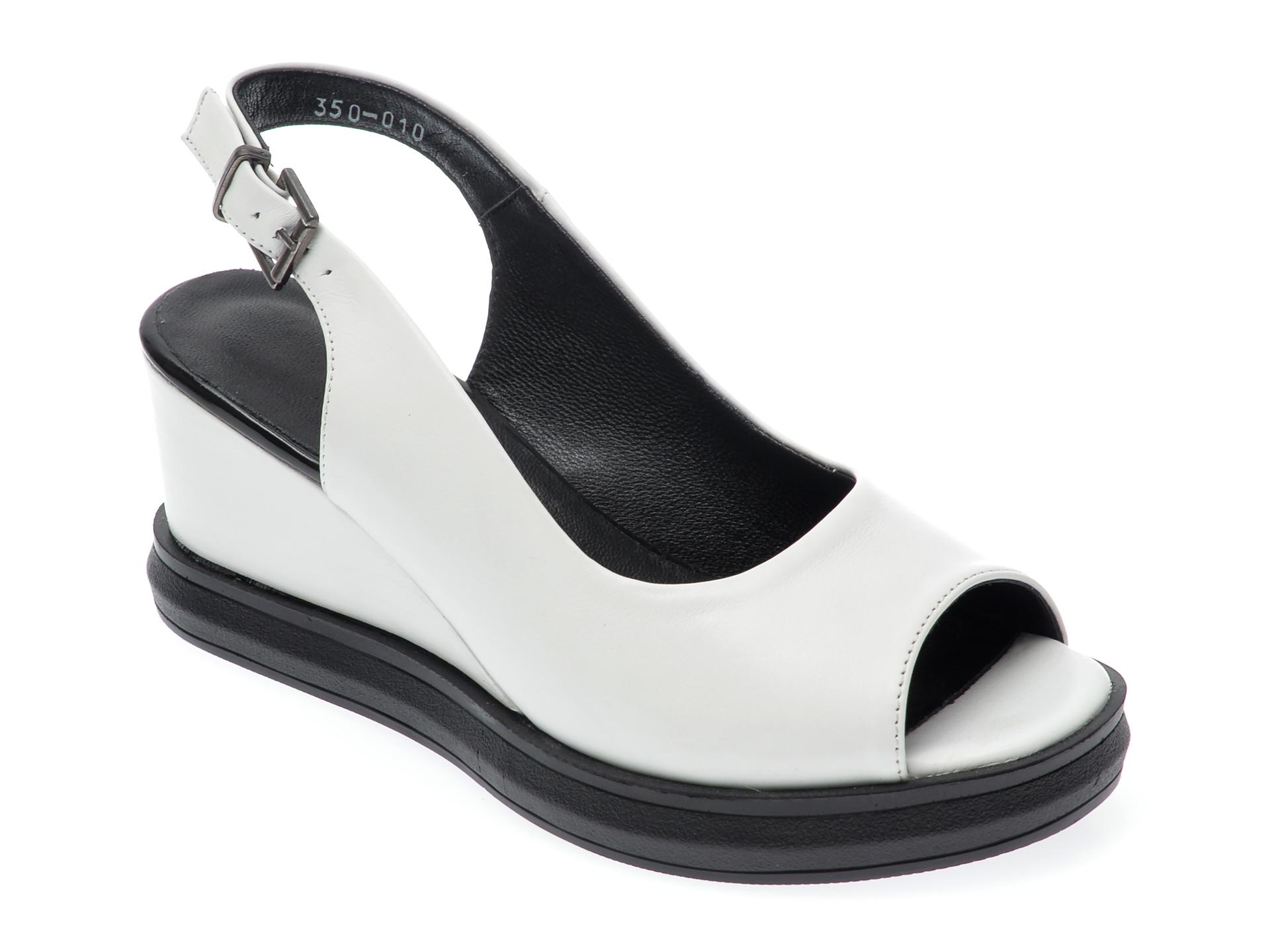 Sandale LE BERDE albe, 44, din piele naturala imagine otter.ro